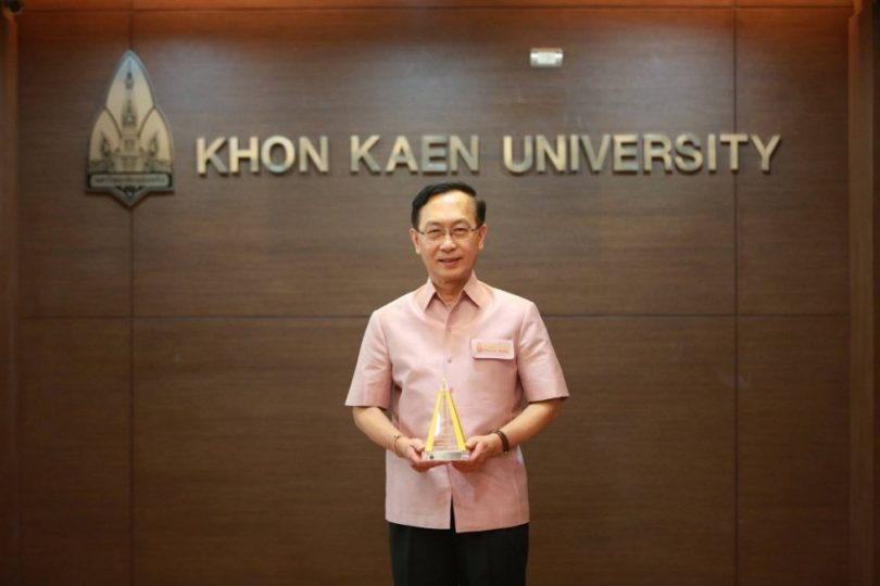 Assoc. Prof. Chanchai Pantongviriyakul (M.D), an acting president of Khon Kaen University