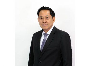 Assoc. Prof. Piansak Pakdee, a Vice President for Student Development and Nongkhai Campus.