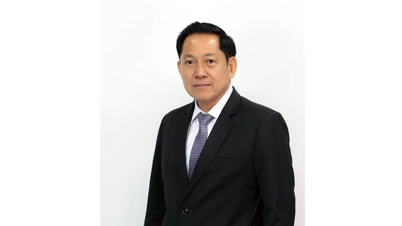 Assoc. Prof. Piansak Pakdee, a Vice President for Student Development and Nongkhai Campus.